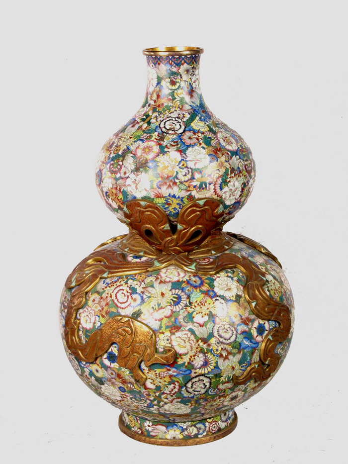 Cloisonne Enamel Gourd-shaped Vase with Flower Pattern in the Qing Dynasty
