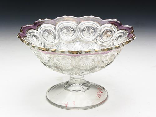 Glass Stem Bowl with Chrysanthemum Pattern in the Qing Dynasty