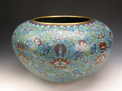 Enamel Alms Bowl with Flower Pattern during Qianlong Reign Periods of the Qing Dynasty